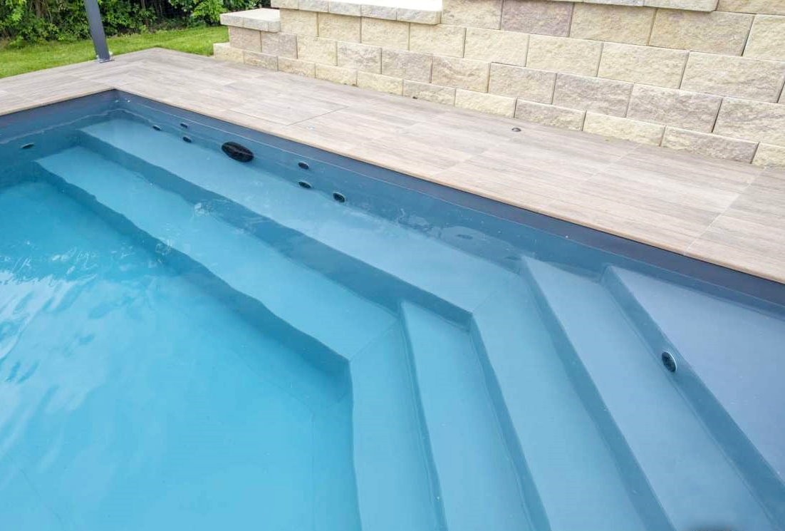 Fondi Mobili Per Piscina : Vasca della piscina in inglese agnay galleria di design e