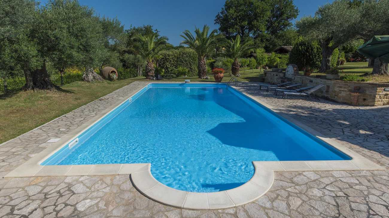 Skimmer pools professione piscina for Piscine skimmer