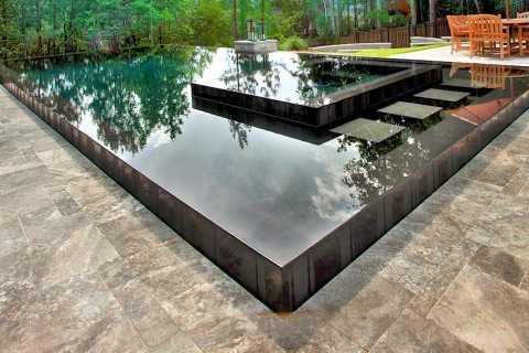 piscina sfioro a stramazzo
