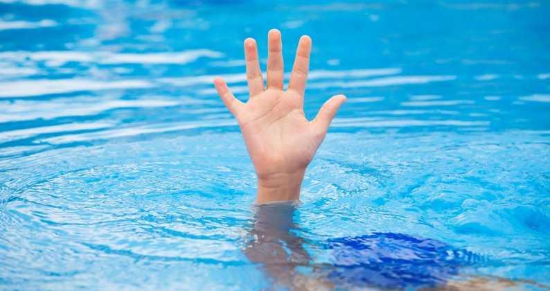 altezza acqua piscina
