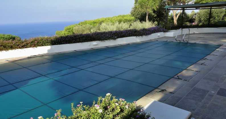 diffrenza fra copertura estiva e copertura invernale piscina