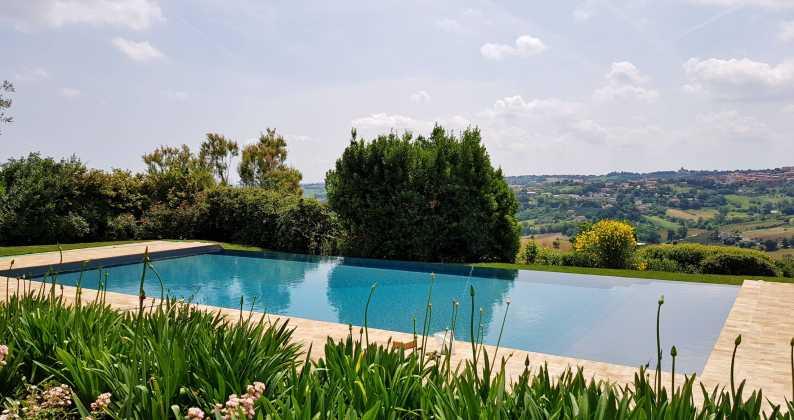 piscina ristrutturazione