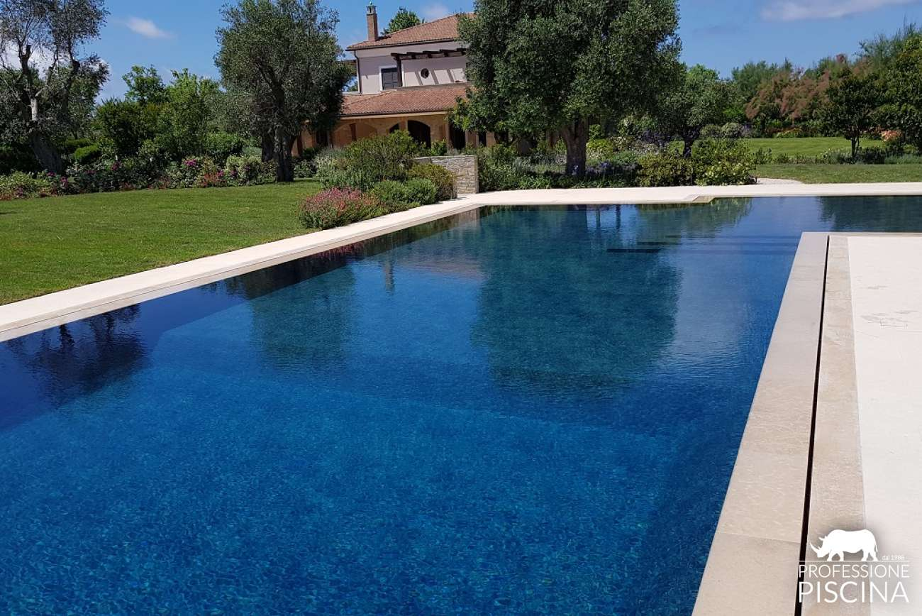 Overflow pools | Professione Piscina